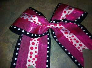 finishedzip 300x224 How To Make a Rockin Cheer Bow