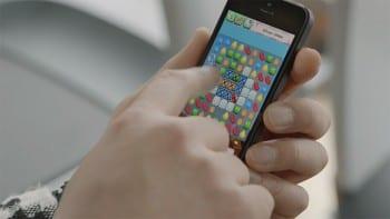 Psy Playing Candy Crush in Gentelman