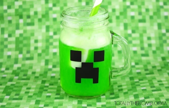 minecraft-creeper-punch featured