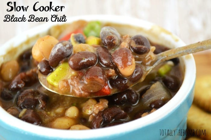slow cooker black bean chili featured