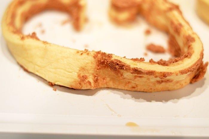 heart cinnamon rolls step3