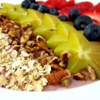 Raspberry Greek Yogurt Smoothie Bowl